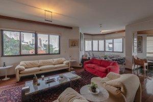 Excelente Apartamento Reformado na Vila Madalena
