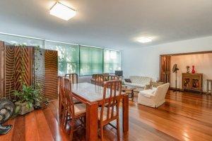 Apartamento 3 Dorm., 1 Suíte no Itaim Bibi.