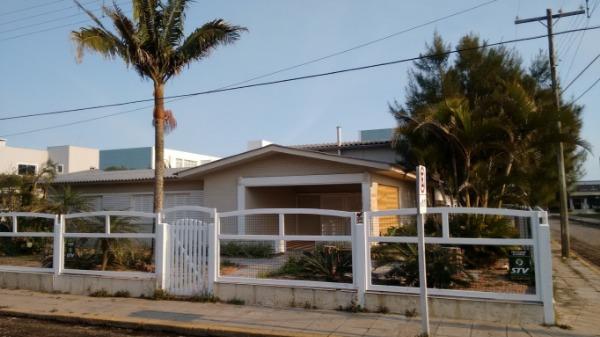 Casas e Sobrado Lado Mar Atlântida