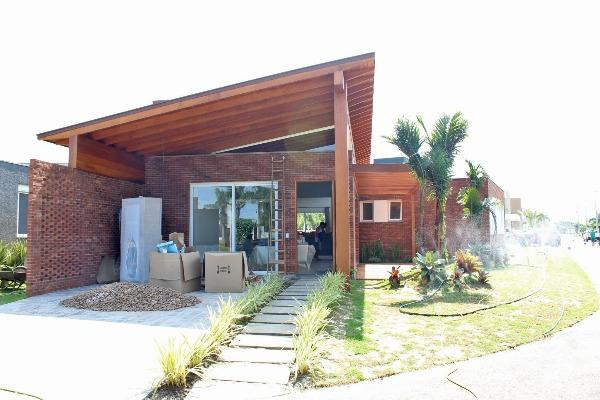 Casas e Sobrados em Condominio Malibu Xangri-lá