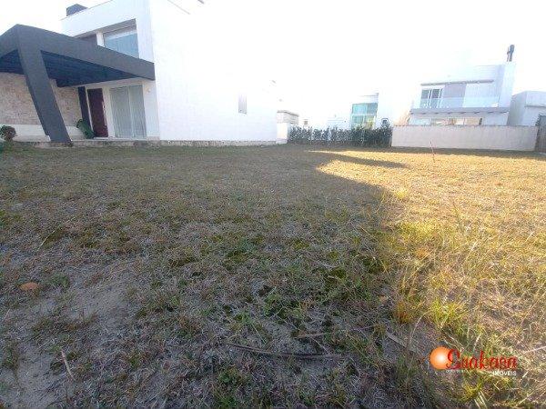 Terrenos em Condomínio Fechado Las Palmas Xangri-lá