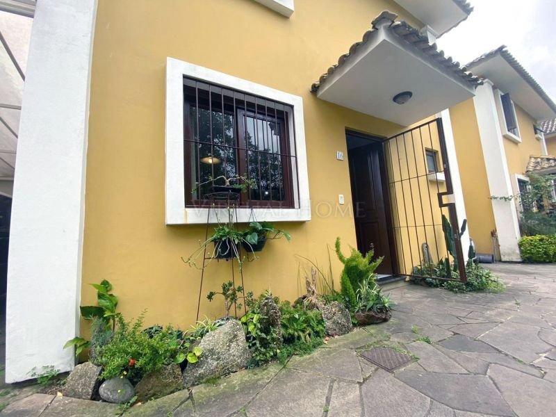 Casa  3 Dormitórios  1 Vaga de Garagem Bairro Partenon em Porto Alegre RS