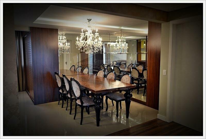 Apartamento com 4 Dormitórios à venda, 210 m² por R$ 1.475.000,00