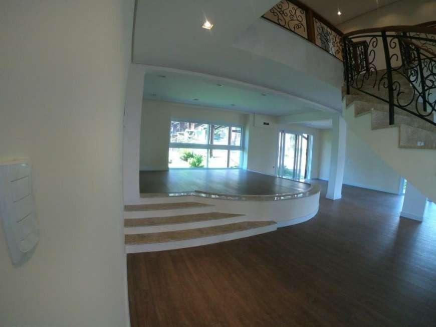 Casa em condomínio com 4 Dormitórios à venda, 800 m² por R$ 3.270.000,00