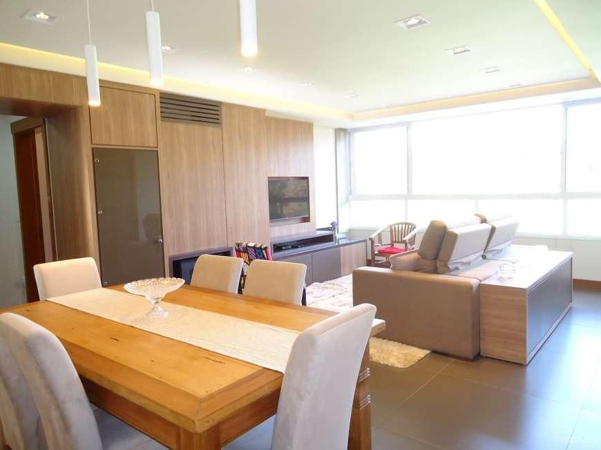 Apartamento com 2 Dormitórios à venda, 124 m² por R$ 840.000,00