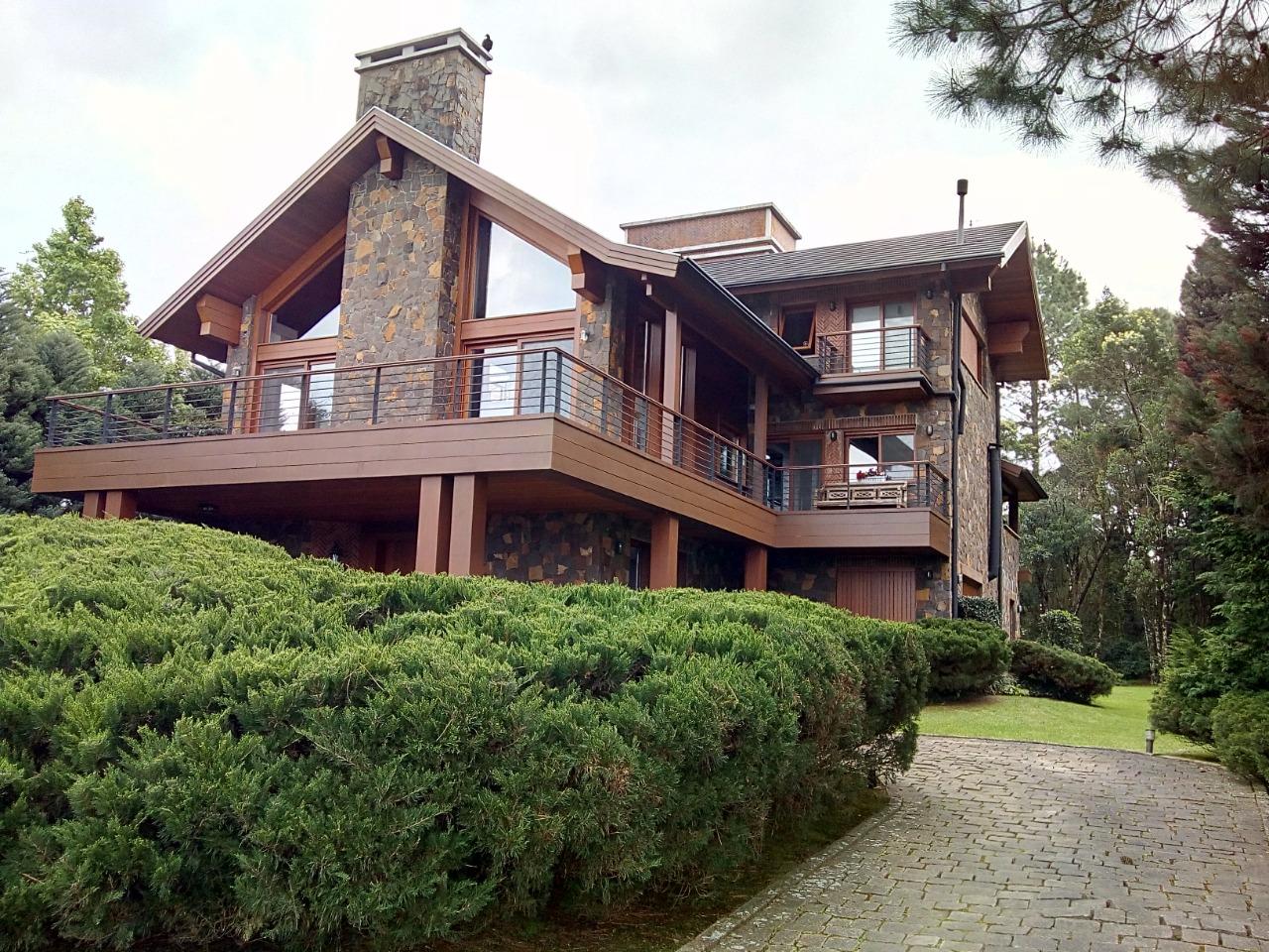 Casa em condomínio à venda  no Parque Laje de Pedra - Canela, RS. Imóveis