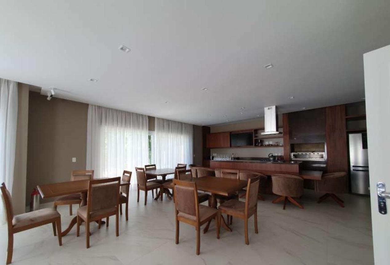 Apartamento com 3 Dormitórios à venda, 220 m² por R$ 2.935.000,00