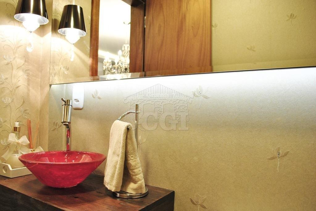 Apartamento com 3 Dormitórios à venda, 179 m² por R$ 1.886.000,00