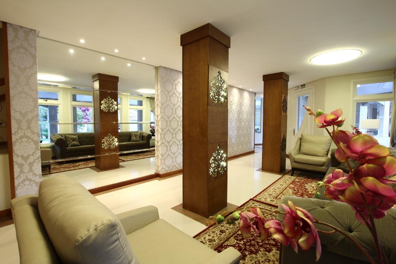 Apartamento com 3 Dormitórios à venda, 219 m² por R$ 1.680.000,00