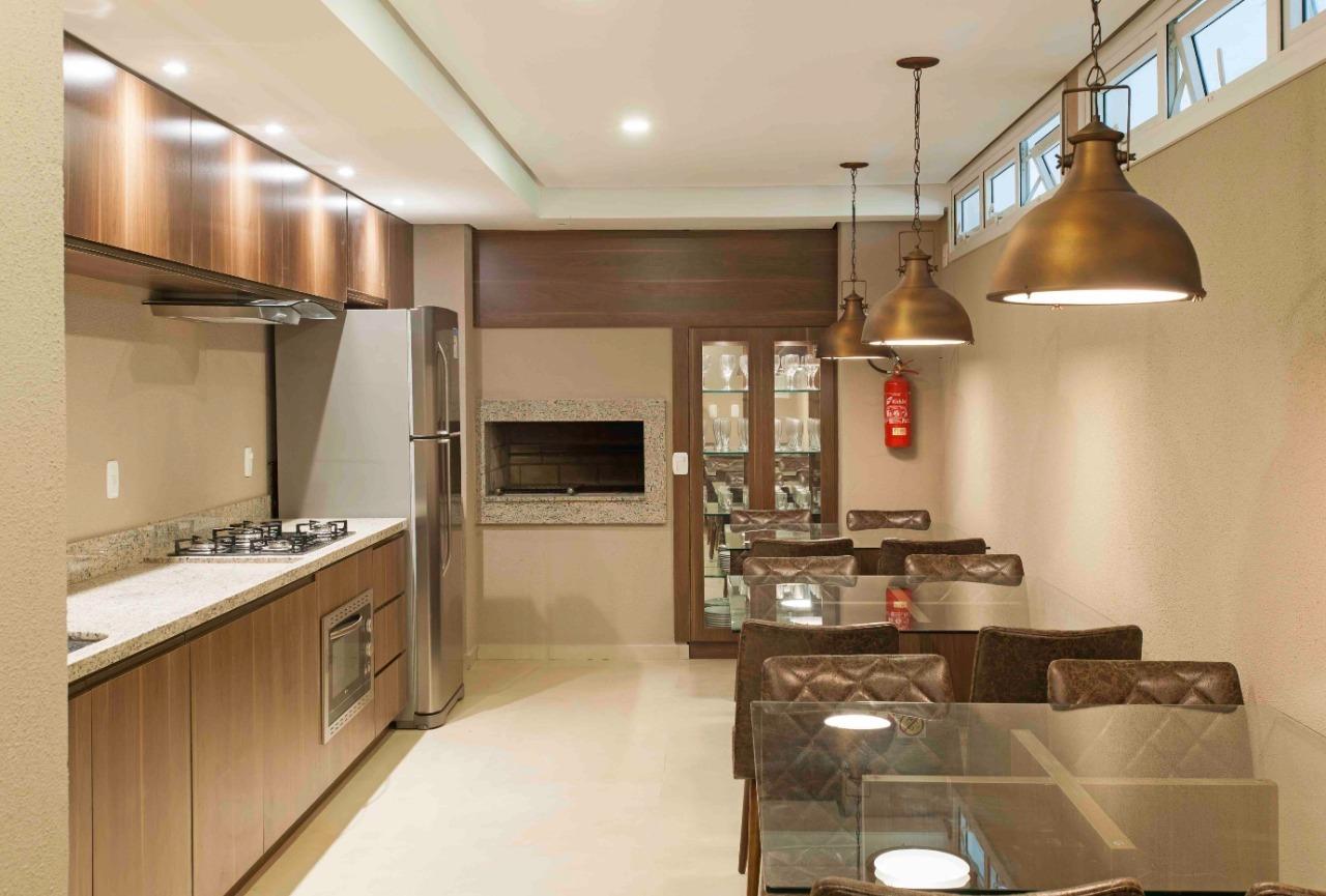 Apartamento com 2 Dormitórios à venda, 151 m² por R$ 820.000,00