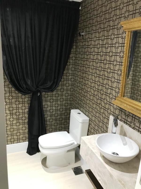 Apartamento com 3 Dormitórios à venda, 194 m² por R$ 2.080.000,00