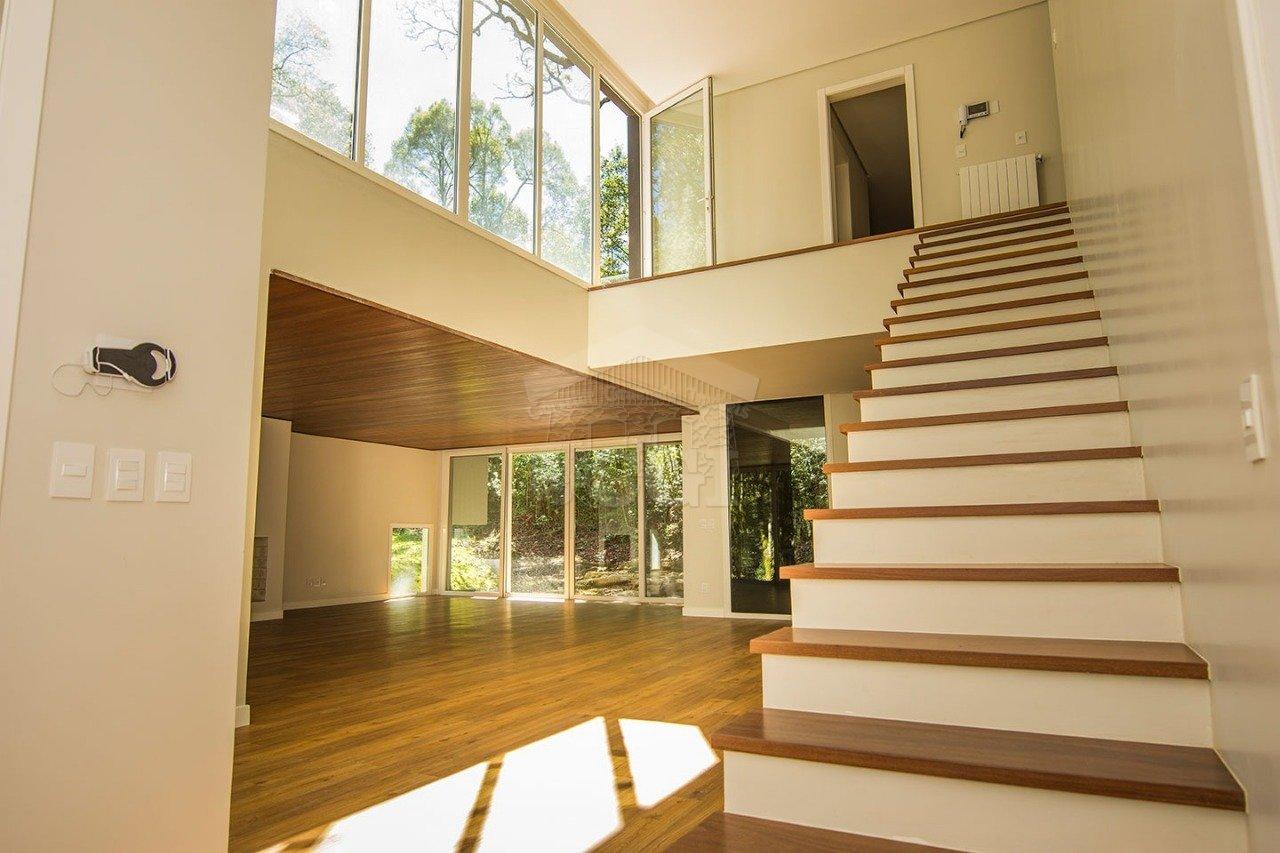 Casa em condomínio com 4 Dormitórios à venda, 1.147 m² por R$ 2.960.000,00